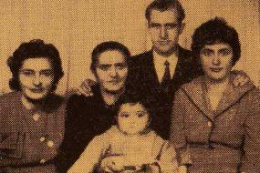 Sarkisian, Nalbandian and Ermieyan family members – Erevan