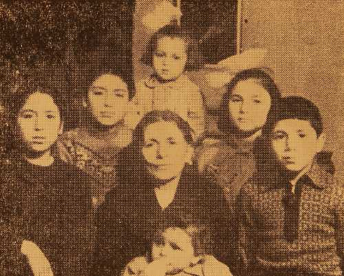 Shahnazar Maklumian with her grand-children – Erevan