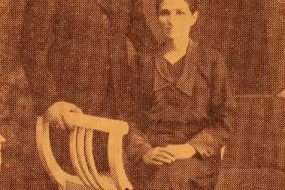 Sofig Engurtsian with her son Mardiros – Sivrihisar