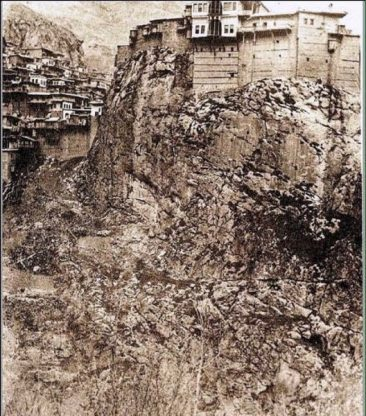 Rock hill and Surenian fortress-mansion – Zeytun 1914