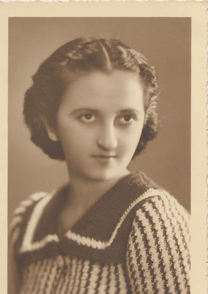 Anahid Kaloustian – 15 November 1937