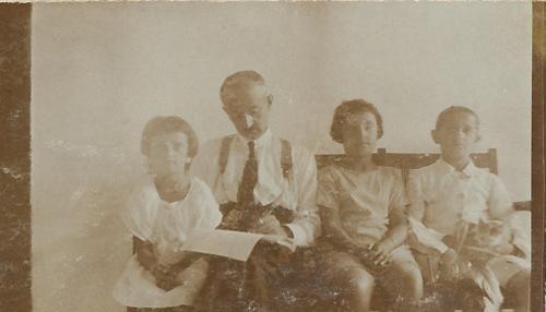 Arshag Kaloustian, Anahid, Dikran