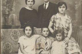 Arshak Kaloustian family – 1930