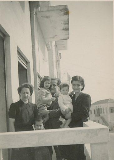 Hovhannes Kazanjian with family – 1940s