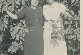 Krikorian family's orange grove, Yeranig and Arpi aunts – 30 August 1941