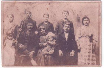 Assadourian family – Malatia 1913