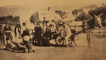 Garin Armenians returning from a pilgrimage to the monastery of Khachgavank