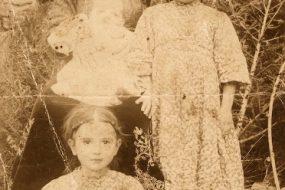 Mother and her children in Artvin
