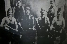 Harutiun Kuyumjian and his brother Mgrdich with their helpers in Kesaria