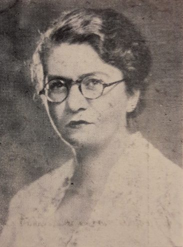 Mrs Elzi Turabian